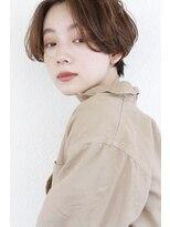 ポコリ(pocori)アンニュイな雰囲気のショートヘア