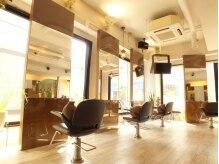 アクアヴェール 元町店の雰囲気(清潔感溢れる、白を基調とした上質空間です。(2F))