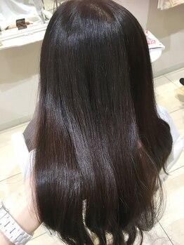 ギンザ ヘアー シロー(Ginza hair CIRO)の写真/【髪質改善】リビジョン+オイルケア+シャンプーブロー¥7480》【CIRO】の髪質改善Trで湿気も気にならない!
