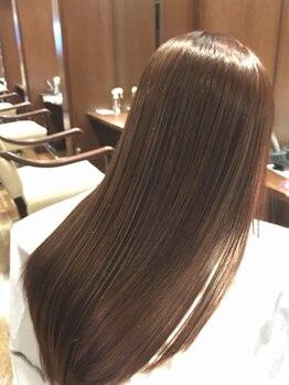 ミヤニシフラッグシップ(miyanishi Flagship)の写真/本格ケアで艶髪へ…TOKIOトリートメントなど多数の商材を使用しダメージを受けた頭皮を補修し健康的な髪へ!