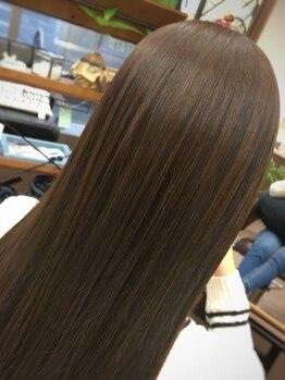 """ルーツ ヘアー(Roots hair)の写真/【期間限定価格】がお得♪クセが気になる方でも普段の手入れが楽になる""""ナチュラルヘア""""をご提供☆"""