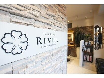 リバー(RIVER)の写真