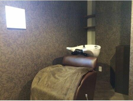 ヘアーアンドリラックス ソファ(hair&relax sofa)の雰囲気(思わずうとうと眠ってしまう…半個室のシャンプールーム)