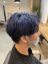 【YUKI】ネイビーブルー×センターパート