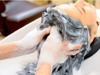 ラッシェル プレジール(Rushell plaisir)の写真/【オーガニック取扱店/個室スパルーム完備】オーガニック成分が地肌まで潤いを与えパサつく髪もしっとり♪