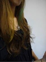 ボンドヘア(BOND hair)アンバランスなポイントカラー¥7000~