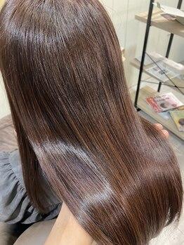 ヘアサロン アリス(hair salon Alice)の写真/【JR吹田徒歩3分/3席】自分の髪のクセ諦めていませんか?話題の髪質改善で思わず触りたくなる艶やかな髪へ