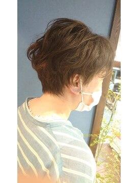 クブヘアー(kubu hair)《Kubu hair》絶壁解消パーマショート