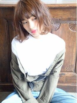 アレーン ヘアデザイン(Alaine hair design)の写真/【カラー+トリートメント+ホームケア ¥10800】大人気のハホニコ・ラメラメトリートメントでうるツヤ美髪へ