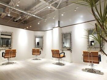 パールヘアデザイン(Pearl hair design)の写真/技術・接客…そして雰囲気もこだわりる『上質』な空間。フルフラットのシャンプー台でくつろぎの時間に…♪
