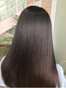 プリンプ トータルビューティ(PRIMP.total beauty)の写真/長年、くせ毛うねりでお悩みだった方必見!今話題の髪質改善トリートメントで解決!自分の髪が好きになる♪