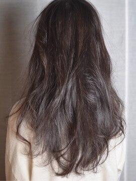 【covo/小鴨俊彦】黒髮大人かわいい内巻き厚めバング