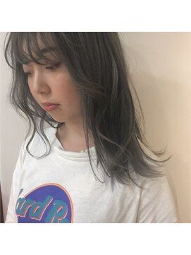 アペンリンク 新宿(APEN LINK)イルミナカラーヘルシーレイヤーペールグレージュ