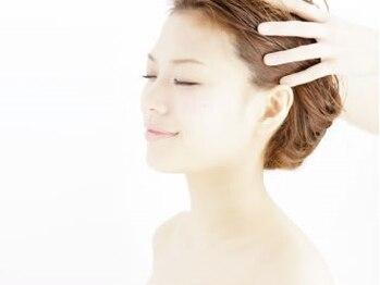 ドアーズ ライフ デザイン(DOORS life design)の写真/【極上ヘッドスパがオススメ】頭皮ケアで髪も心も癒されて♪なんともいえない気持ちよさが人気の理由。