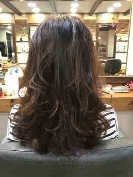 バランス ウィズ ケーズヘアー(VALANCE with k's hair)の写真/今までパーマを諦めていた方、失敗していた方に必見!翌朝からのセットが簡単にサロン仕上がり♪