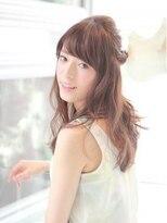クィーンズガーデンバイケーツーギンザ(QUEEN'S GARDEN by K two GINZA)[K-two銀座]ねじりMIXくるりんぱ夏のヘアアレンジ