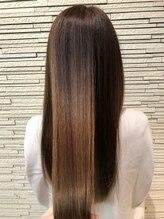 ティント メイクアンドヘア(Tint make&hair)