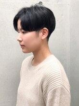ヘアサロン ブリーン トウキョウ(Hairsalon BREEN Tokyo)【BREEN原宿】センターパート 前下がりクールマッシュ
