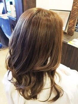 サロンドソア(Salon de soA)の写真/ツヤ/発色/潤いまでGOOD☆植物性ハーブ配合のオーガニックカラー剤で、美髪を手に入れて♪<N.カラー取扱い>