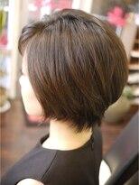 キーナ(Organic Hair KI-NA)シルエット重視!ショートボブ