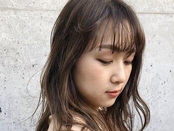 イフイイズカ (Ifh iizuka)の写真/《カット+白髪染め¥5500~/白髪ぼかしハイライトカラー¥13200》一人ひとりに合わせたグレイカラーをご提案!