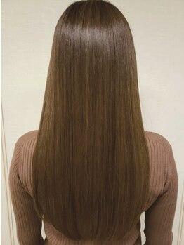ボンド ヘア デザイン(BOND HAIR DESIGN)の写真/髪質改善で話題の《酸熱トリートメント》従来のものに比べ1ヶ月半から2ヶ月うるおいが続きます♪