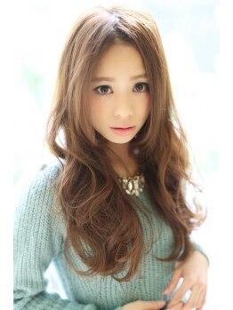 リリークラウン(Lily Crown)の写真/モチ・再現性・柔軟性◎!スタイルが自由に楽しめるデジタルパーマで女性らしい可愛らしさ・魅力をUP!