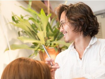 ハナワ エビス トウキョウ ヘアーサロン(HanaWa ebisu tokyo hair salon)の写真/【RENEWAL OPEN】歴10年以上のベテランスタイリストのみ在籍!マンツーマン×高技術で理想のStyleへ<恵比寿>