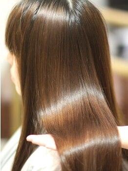アンファングプラス(Anfang+)の写真/人気のエクラスタトリートメントご用意☆圧倒的に艶のある髪へ―ダメージにお悩みの方は一度ご来店下さい!