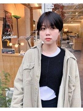 チカシツ(Chikashitsu)black short hair
