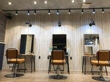 アグ ヘアー ライフ 宮崎台駅前店(Agu hair life)の雰囲気(こだわり抜かれた贅沢空間。居心地も抜群です。)