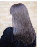 ノエル ヘアー アトリエ(Noele hair atelier)『Noele』透明感あるパープルアッシュグレー