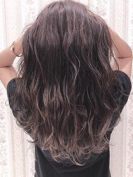 ジア ヘアグリージア(ZIA-hair Grigia-)の写真/【白髪全体染め¥3500~/リタッチ¥2500(セルフブロー)】毎月のメンテナンスもお手頃価格で綺麗をkeep♪