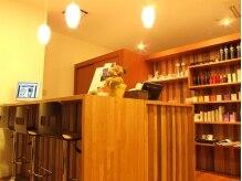 ブルーム(BLOOM)の雰囲気(カフェ風なカウンターで、こだわりのカプチーノはいかがですか♪)
