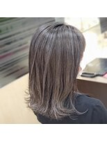キャパ 秦野(CAPA)白髪染めので初めにオシャレなコントラストハイライト