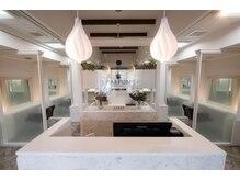 パルファン ヘアアンドスパ(PARFUM HAIR&SPA)の雰囲気(全席半個室空間で三密を避けての施術が可能です!)