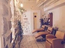 オッジ 六本松店(oggi)の雰囲気(シャンプールーム☆くつろげるように壁で別室にしています。)