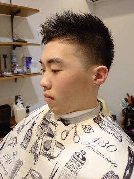 ニッチ コーディアル サロン(niche cordial salon)の写真/完全個室◆理容室/バーバー◆スーツに似合うフェードstyleを提案。白髪や抜毛予防・対策のメニューも