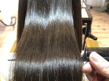リブ(Live)の写真/髪質改善に特化したファイバープレックスと83トウカンゲンの融合でツヤ髪ストレートに!【髪質改善/久米川】