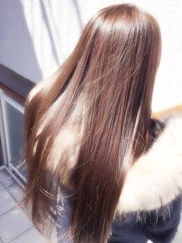 ヘアリゾートヴィータ(HAIR RESORT VITA)の写真/MILBONの薬剤をメインに、ウエラのSPシリーズも揃え、あらゆる髪質に対応◎しっかり髪質を見極めご提案◎