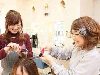 ヘアー&フェイス ヤマ hair&face Yamaの写真/【明るめの白髪染めも対応】繰り返すグレイカラーだからこそ、髪や頭皮にも優しいオーガニックカラーが◎