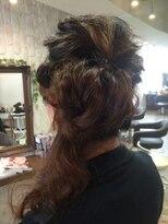 クロムヘアー(CHROME HAIR)編み込みゆるふわアップ
