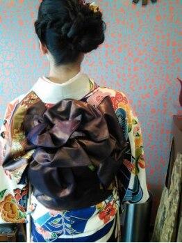イシス(isis)の写真/お客様の雰囲気に合わせたヘアセットをご提案☆スピーディーに行ってくれるのに、長時間崩れにくいと評判◎