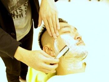 ロアズ(LOA'S)の写真/気合いを入れて臨みたい大事なシーンに!肌質や頭皮環境に合わせて選べるシェービング・ヘッドスパが魅力★