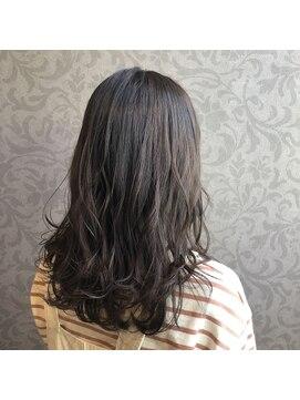 ヘアーアンドメイク ピース(HAIR&MAKE peace)柔らかラテカラー