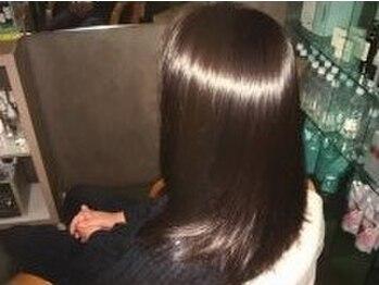 スピック サロン 共和店(SPIC Salon)の写真/日本製のオーガニックカラーはダメージも少なく、頭皮に優しい◎肌が弱い方にオススメなグレイカラーです★