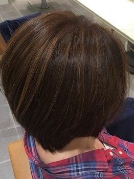 バサ 下井草店(BASSA)の写真/白髪染めだとオシャレができない…そんな常識を覆す!!気になる部分はしっかりカバーし、明るく染まる♪