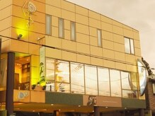 くるる 朝倉店の雰囲気(朝倉駅から徒歩3分駐車場1F当店2Fです。)