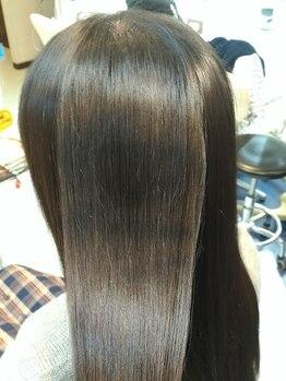 ライフゴーズオン 昭島店(Life goes on)の写真/お手入れが楽でずっと触っていたくなるナチュラルストレート☆天然の薬剤で、内側からキレイに艶美髪に。
