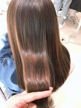 アルブル エト シミー(Arbre et chimie)髪質改善カラー